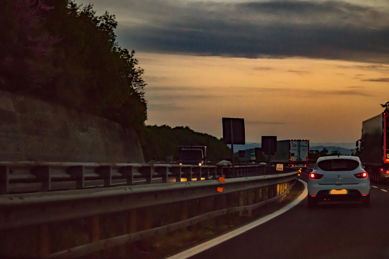 Tramonto sull'A1 strade pericolose